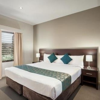 uluru and alice springs accommodation book now. Black Bedroom Furniture Sets. Home Design Ideas